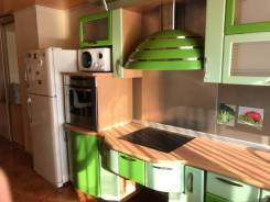 5-комнатная, улица Авроровская 24. Центр, частное лицо, 157 кв.м. Кухня