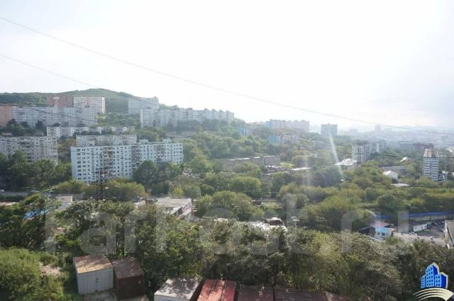 Гостинка, улица Сельская 12. Баляева, 18кв.м. Вид из окна днем