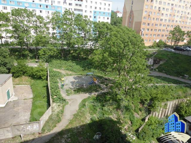 Гостинка, улица Некрасовская 50. Некрасовская, 18кв.м. Вид из окна днем