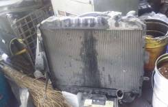 Радиатор охлаждения двигателя. Toyota Hiace, LH90 Двигатель 2L