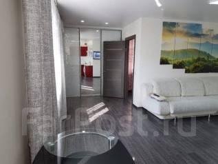 2-комнатная, проспект 100-летия Владивостока 46. Столетие, 42 кв.м. Комната