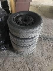 Колеса R15 штамповки с резиной на докатку. 6.0x15 5x114.30