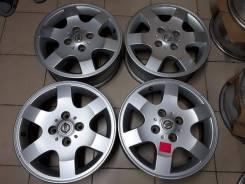 Nissan. 6.0x16, 4x114.30, ET45, ЦО 66,1мм.