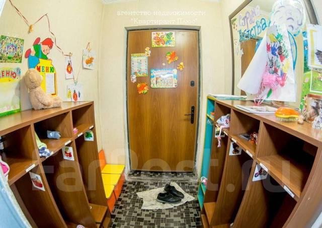 3-комнатная, проспект Красного Знамени 94. Толстого (Буссе), проверенное агентство, 75 кв.м. Прихожая