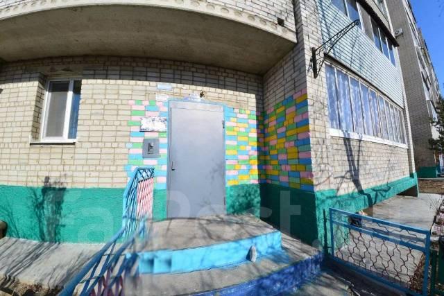 4-комнатная, улица Комсомольская 6. Центр, агентство, 110кв.м.