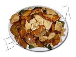 Куриное филе жареное с овощами