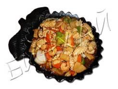 Морепродукты на чугуне (креветки, гребешок, крабовые палочки, кальмар)