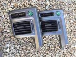 Решетка вентиляционная. Honda Stepwgn, RK5, RK2, RK6, RK3, RK7, RK4, RK1 Двигатель R20A