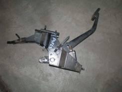 Педаль сцепления. Nissan Atlas, P8F23, N6F23, N2F23, P2F23, P4F23, N4F23, P6F23 Двигатели: TD25, TD27