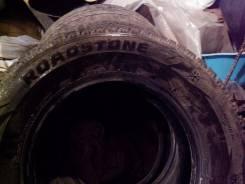 Roadstone Winguard WinSpike. Зимние, шипованные, 2016 год, износ: 10%, 4 шт