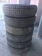 Кама-218. Зимние, шипованные, износ: 10%, 6 шт