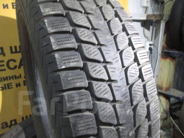 Bridgestone Blizzak LM-25 4x4. Зимние, без шипов, 2015 год, износ: 10%, 4 шт
