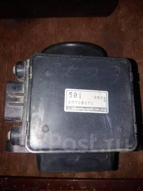 Продам датчик расхода воздуха Mitsubishi Delica PD6W, PF6W двс 6G72