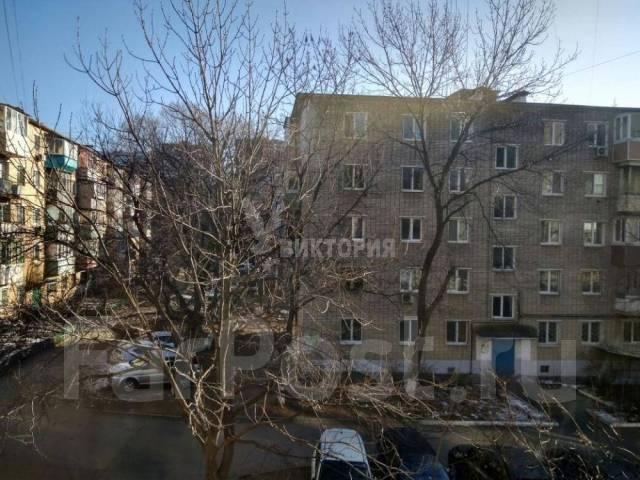 1-комнатная, улица Давыдова 20. Вторая речка, агентство, 29 кв.м. Вид из окна днем