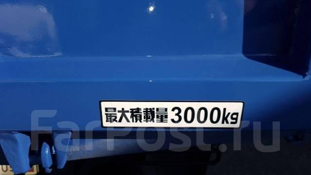 Mazda Titan. 4л. , самосвал 3 тонны, 4 000 куб. см., 3 000 кг.