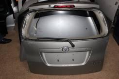 Амортизатор на заднее стекло. Toyota Corolla Spacio, NZE121N, NZE121