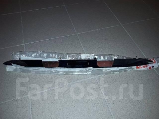 Накладка крышки багажника. Peugeot 206, 2B Двигатели: TU3A, TU3JP, TU5JP4