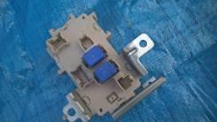 Блок предохранителей. Infiniti M25 Infiniti M35, Y50 Nissan Fuga, PNY50, PY50, Y50 Двигатели: VQ25DE, VQ35DE