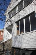 Продам коттедж (дом) с участком во Владивостоке. Улица Рябиновая 3, р-н Трудовое, площадь дома 144кв.м., централизованный водопровод, электричество...