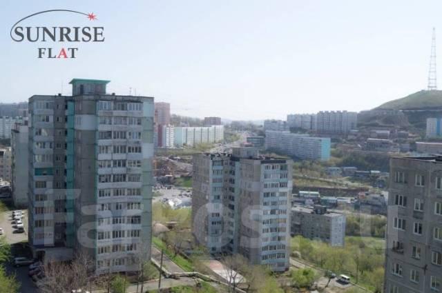 1-комнатная, улица Аллилуева 12а. Третья рабочая, 37кв.м. Вид из окна днем