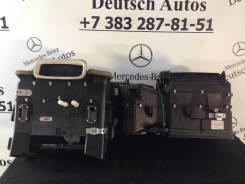 Кронштейн климат-контроля. Mercedes-Benz E-Class, W210