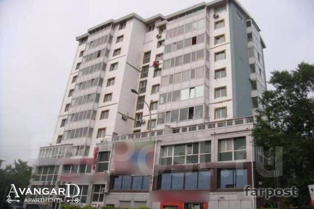 1-комнатная, проспект 100-летия Владивостока 20. Столетие, 32 кв.м. Дом снаружи