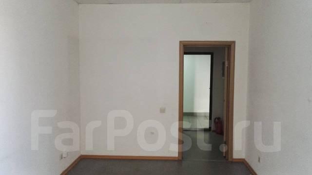 Офис со своим санузлом в центре. 20 кв.м., улица Калинина 94, р-н Центральный