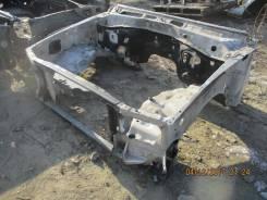 Рамка радиатора. Lexus LX470, UZJ100