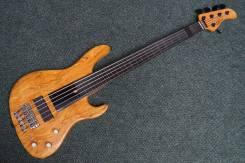 Бас-гитары 5-струнные.