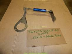 Подушка двигателя. Toyota Mark II, JZX110 Двигатель 1JZGTE