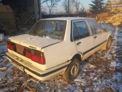 Toyota Corolla. механика, передний, 1.3, бензин, 300 тыс. км