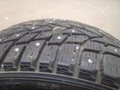 Dunlop SP Winter ICE 02. Зимние, шипованные, 2015 год, износ: 5%, 2 шт