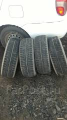 Bridgestone Blizzak Revo. Зимние, без шипов, износ: 60%, 4 шт
