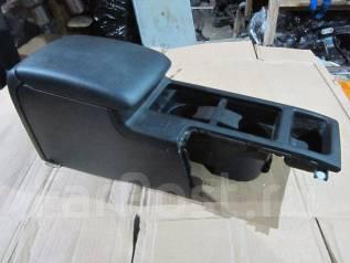 Подлокотник. Subaru Legacy, BPE, BL9, BP5, BP, BL, BPH, BLE, BP9, BL5