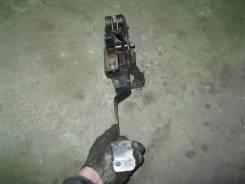 Педаль сцепления. Mazda Mazda6, GG