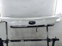 Накладка на дверь багажника. Subaru Outback, BR9, BR, BRM, BRF Subaru Legacy, BR9 Двигатели: EJ253, EJ255, EZ36D, EJ25, FB25, EZ36
