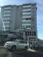 Гостинка, проспект 100-летия Владивостока 20. Столетие, частное лицо, 15 кв.м. Дом снаружи