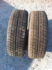 Bridgestone Blizzak Revo2. Зимние, без шипов, 2006 год, износ: 10%, 2 шт