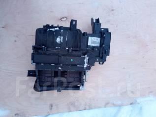 Корпус моторчика печки. Mitsubishi L200, KB4T Mitsubishi Pajero Sport, KH0 Двигатели: 4D56, HP, 6B31, 4M41