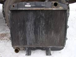 Радиатор охлаждения двигателя. УАЗ 3151, 3151, 31512, 31514, 31519, 01 УАЗ 469, 3151 УАЗ Буханка, 2206, 3303 Двигатели: UMZ4178, ZM34021, 10, UMZ4218...
