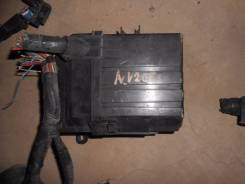 Блок предохранителей. Nissan NV200, M20M, M20 Двигатель HR16DE