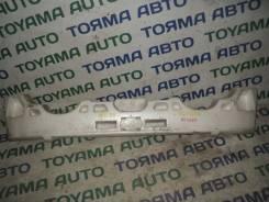 Абсорбер бампера. Toyota Kluger V