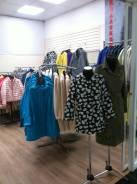 Магазин верхней женской одежды без места