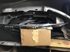 Накладка крышки багажника.
