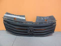 Решетка радиатора. Renault Sandero, BS11, BS12, BS1Y Двигатели: K4M, K7J, K7M