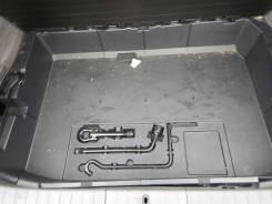 Панель пола багажника. Toyota Prius, NHW20 Двигатель 1NZFXE