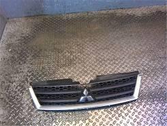 Решетка радиатора Mitsubishi Outlander XL 2006-2012