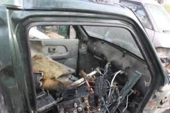 Уплотнитель двери. Suzuki Wagon R