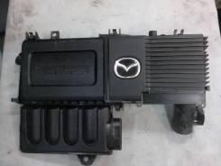 Корпус воздушного фильтра. Mazda Mazda3, BK Двигатель Z6