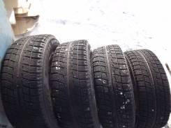 Bridgestone Blizzak Revo2. Зимние, без шипов, 2011 год, износ: 30%, 4 шт